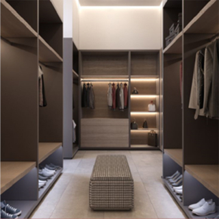 UV Walking Closet